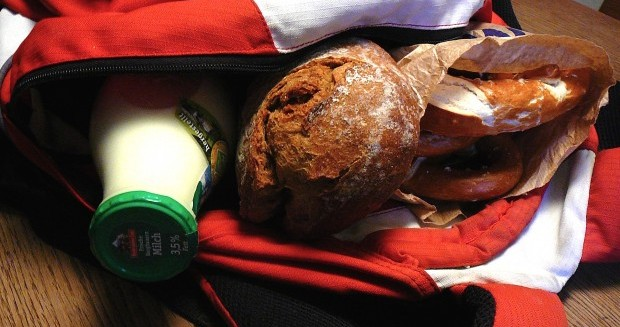 Rucksack mit Backwaren