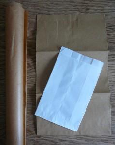 gekaufte Papiertüten